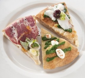 2013 in collaboration with Simone Padoan  -Pizza with steamed cod with lemon, borage cream and black cherry syrup (photo Brambilla-Serrani)