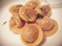 Tortelli di crudo di manzo e crema di limone by Mazzaroni