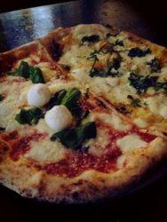 pizza di GIno Sorbillo